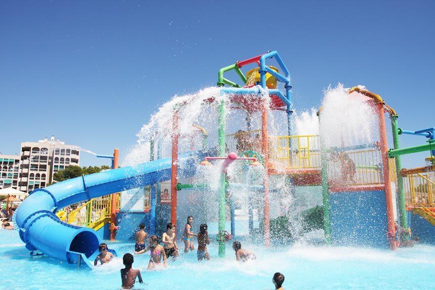 zona-infantil-aquopolis-la-pineda-2