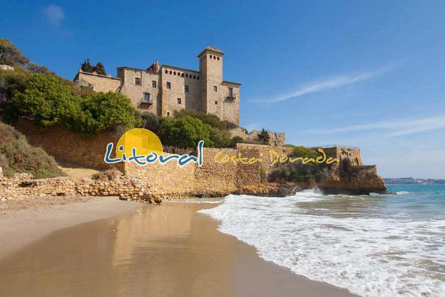 playa Jovera en Tamarit junto al Castillo en Tarragona