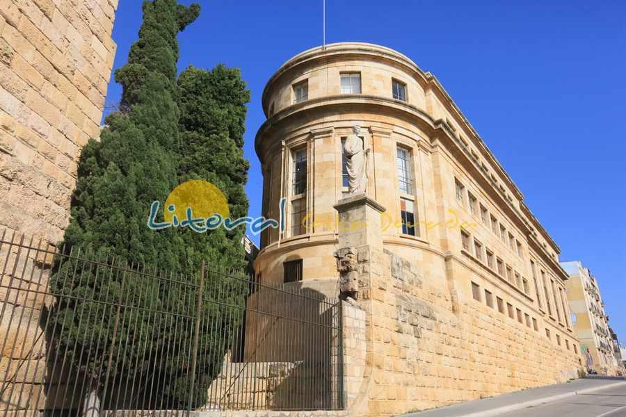 Fachada del museo arqueologico nacional de Tarragona