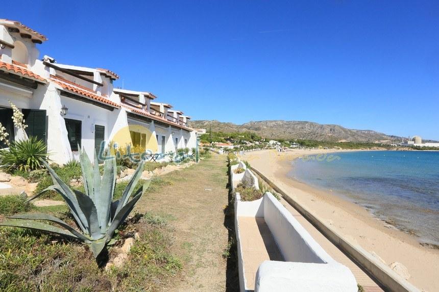 playa de la Almadrava en Hospitalet del Infant
