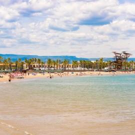 Playa principal de La Pineda